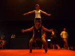 A Oficina de Circo visa potencializar as técnicas e os movimentos próprios da arte do Circo para estimular o desenvolvimento físico.
